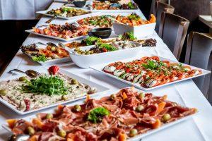 パーティー料理におすすめのケータリングメニューの選び方とは?
